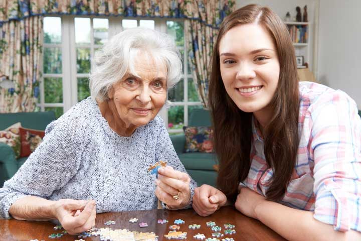 10 Suitable Alzheimer's Activities